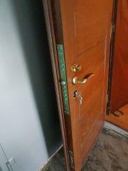 Вскрытие двери, рассыпался корпус замка. Сразу произведена замена