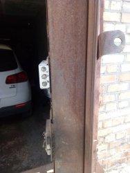 Вскрытие двери гаража